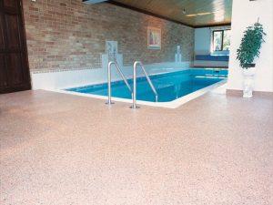 Quartz screeding swimming pool